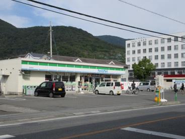 ファミリーマート甲府酒折店の画像2