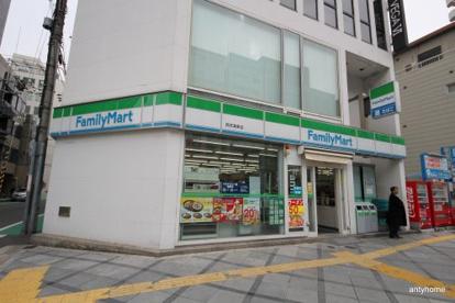 ファミリーマート西天満東店の画像1