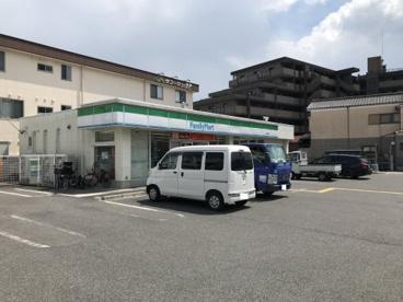 ファミリーマート 大津唐崎店の画像1