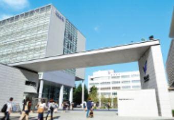 明治大学和泉キャンパスの画像1