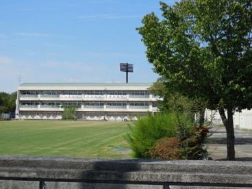 鴻巣市立 鴻巣中央小学校の画像1
