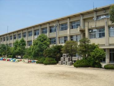 城陽市立今池小学校の画像1