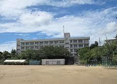高丘西小学校の画像1