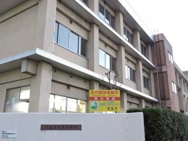 津島市立東小学校の画像1