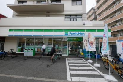 ファミリーマート 今津駅前店の画像2