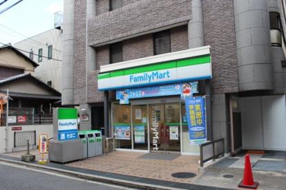 ファミリーマート 池田駅南店の画像1