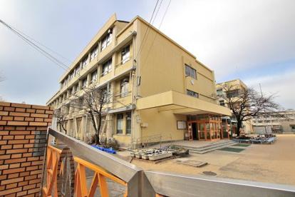 神戸市立 神陵台小学校の画像1