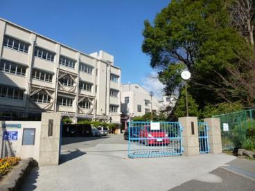 神戸市立垂水中学校の画像3
