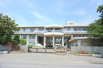 鴻巣市立 赤見台中学校の画像1