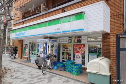 ファミリーマート与力町店の画像1