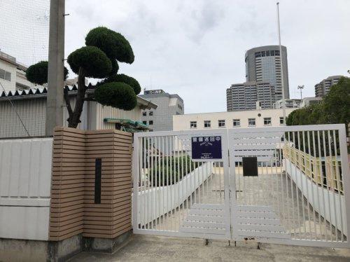 大阪市立滝川小学校の画像