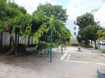 八幡町幼児公園の画像3