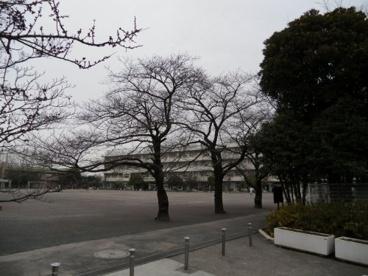 府中市立小柳小学校の画像1