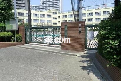 中野本郷小学校 新中野の画像1