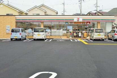 セブンイレブン大津阪本店の画像1