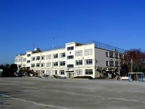 中野区西中野小学校の画像1