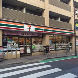 セブンイレブン新宿中井駅前店の画像1