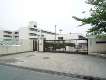 吹田市立片山中学校の画像1