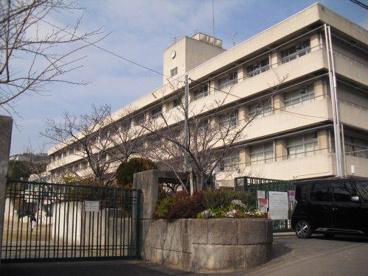 箕面市立萱野北小学校の画像1