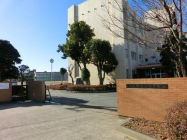 水戸市立緑岡中学校の画像1