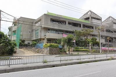 安岡中学校の画像2