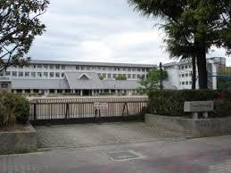 伊丹小学校の画像1