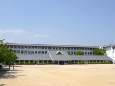 伊丹小学校の画像2