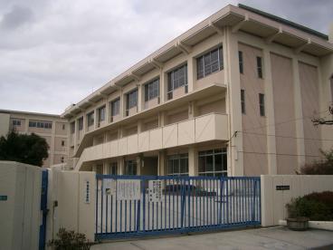 鈴原小学校の画像1