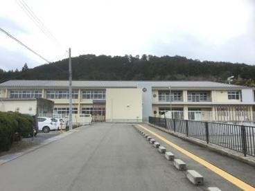 丹波市立小学校 新井小学校の画像1