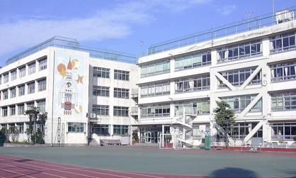 滝野川小学校の画像1