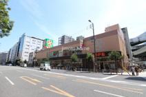 ライフ阿波座駅前店