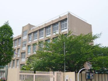 尼崎市立 立花西小学校の画像1