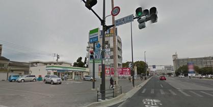 ファミリーマート福岡東浜店の画像1