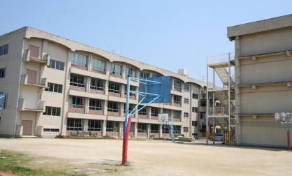 尾張旭市立西中学校の画像1