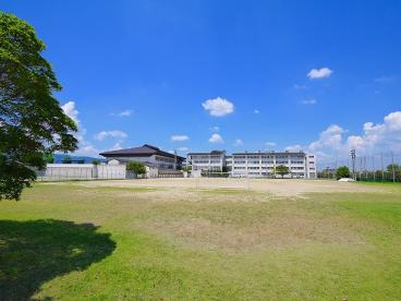 大和郡山市立片桐中学校の画像2