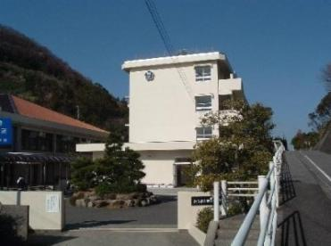興居島中学校の画像1