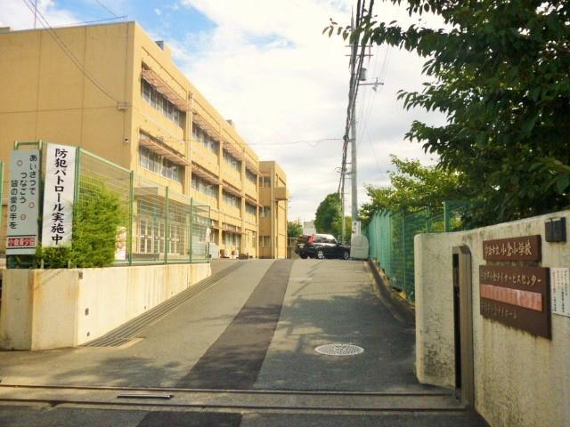 小倉小学校の画像