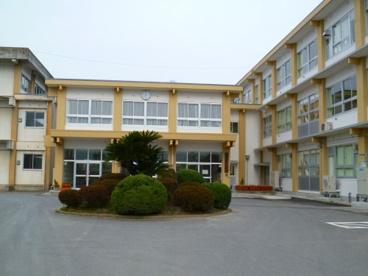 尚徳中学校の画像1