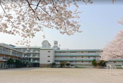 和光市立新倉小学校の画像1