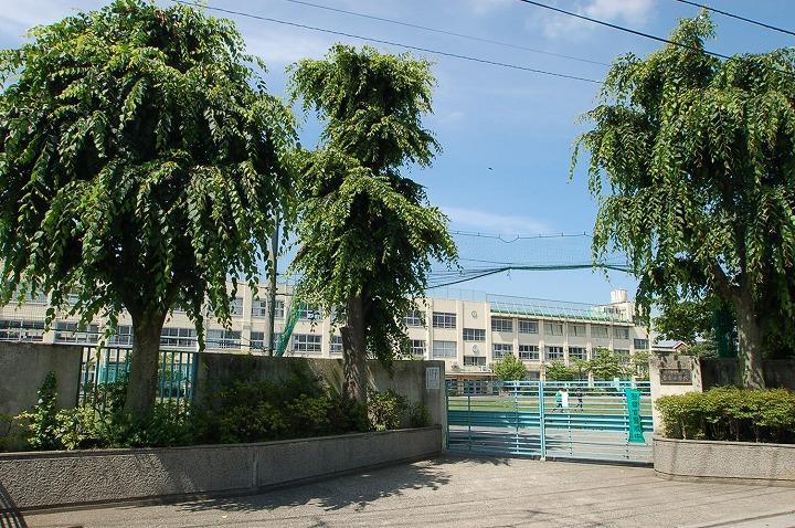中野区立若宮小学校の画像