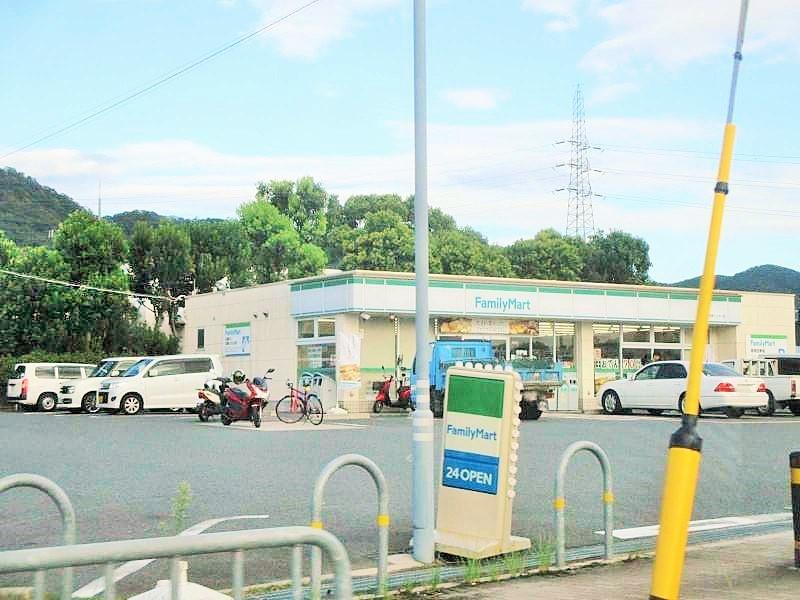 ファミリーマート 宇治東インター店の画像