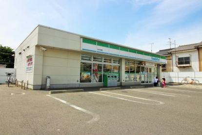 ファミリーマート宇治木幡店の画像1