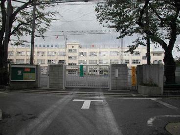 中野区立谷戸小学校の画像3