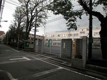 中野区立谷戸小学校の画像4