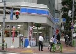 ローソン 新富一丁目店の画像1