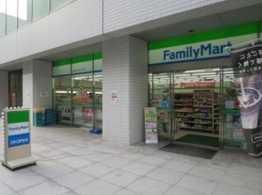ファミリーマート銀座松竹スクエア店の画像1