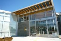 鴻巣市役所吹上図書館の画像1