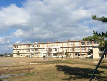 米子市立加茂中学校の画像1