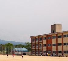 伯仙小学校の画像1