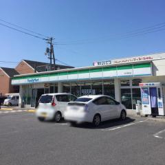 ファミリーマート・米子奥谷店の画像1